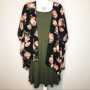 🍄Live 4 Truth Black Pink Floral Kimono Size M
